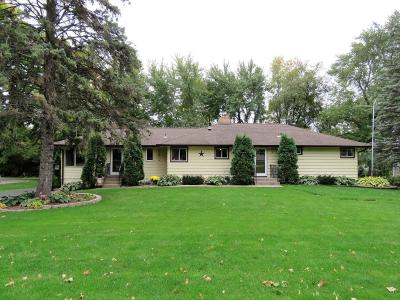Maple Plain Single Family Home For Sale: 4925 Main Street E