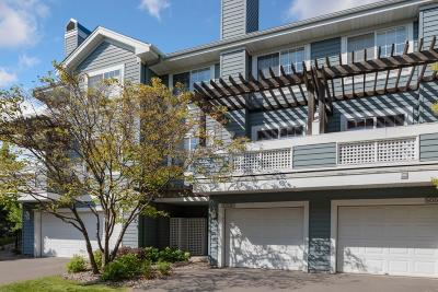 Plymouth Condo/Townhouse For Sale: 15615 24th Avenue N #B
