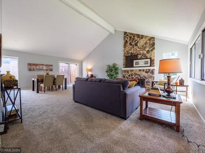 Bloomington Condo/Townhouse For Sale: 8052 Pennsylvania Road