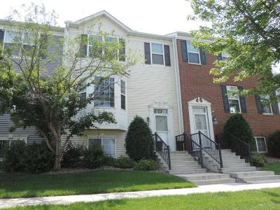 Shakopee Condo/Townhouse For Sale: 1360 Savanna Drive