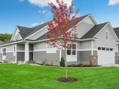 Plymouth Condo/Townhouse For Sale: 4480 Brockton Lane N