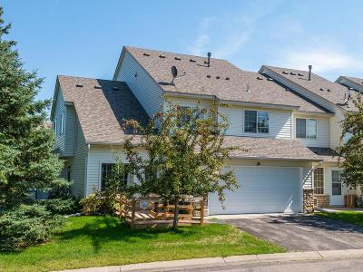 Saint Bonifacius Condo/Townhouse For Sale: 8971 Partridge Road