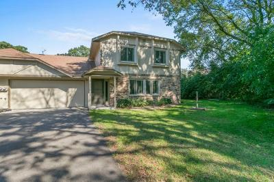 Coon Rapids Condo/Townhouse Contingent: 1846 113th Lane NW