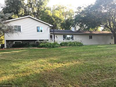 Shakopee Single Family Home For Sale: 14605 Brenner Lane