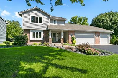Brooklyn Park Single Family Home For Sale: 8901 Loch Lomond Court