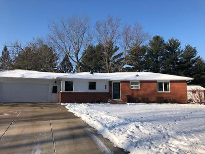 New Richmond Single Family Home For Sale: 329 W River Drive