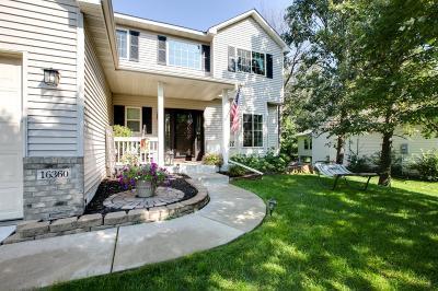 Prior Lake Single Family Home For Sale: 16360 Victoria Curve SE