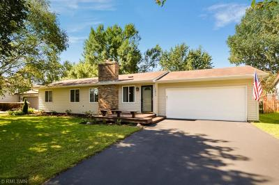 Rosemount Single Family Home Contingent: 14815 Damask Court W