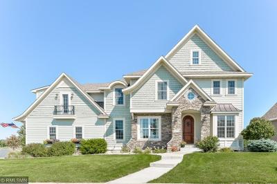 Maple Grove Single Family Home For Sale: 6472 Merrimac Lane N