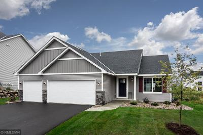 Lakeville Single Family Home For Sale: 17857 Essex Lane