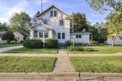 New Richmond Single Family Home For Sale: 515 E 5th Street