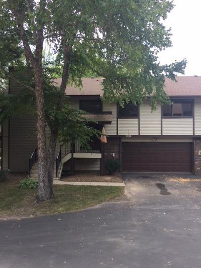 Eagan Condo/Townhouse For Sale: 3126 Farnum Drive