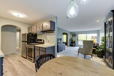 Edina Condo/Townhouse Contingent: 7320 York Avenue S #211