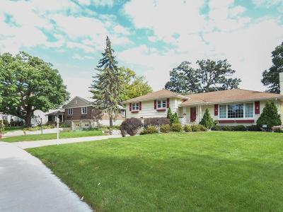 Edina MN Single Family Home For Sale: $470,000