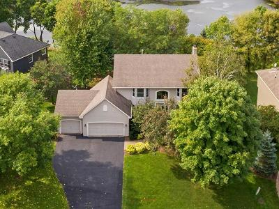 Chanhassen Single Family Home For Sale: 6636 Mulberry Circle E