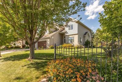 Single Family Home For Sale: 1205 Oakcrest Drive