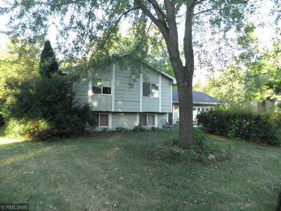 Maple Plain Single Family Home For Sale: 1435 Three Oaks Avenue
