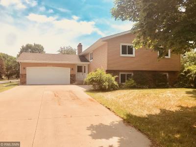 Anoka Single Family Home For Sale: 1242 Oakview Court