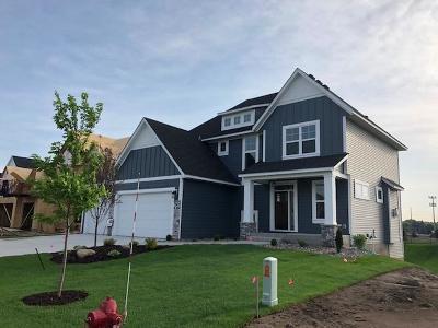 Hennepin County Single Family Home For Sale: 12822 Lake Vista Lane