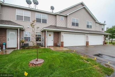 Zimmerman Condo/Townhouse Contingent: 12594 Pond View Road