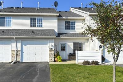 Waconia Condo/Townhouse For Sale: 1630 Freedom Lane