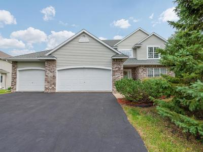 Chanhassen Single Family Home For Sale: 6991 Country Oaks Road