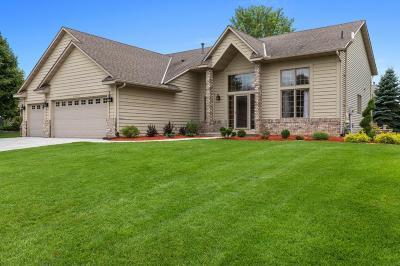 Lakeville Single Family Home For Sale: 20196 Kensington Way