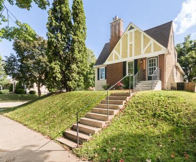 Minneapolis Single Family Home For Sale: 2255 Cleveland Street NE