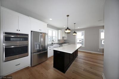 Lakeville Single Family Home For Sale: 16278 Elkhorn Trail