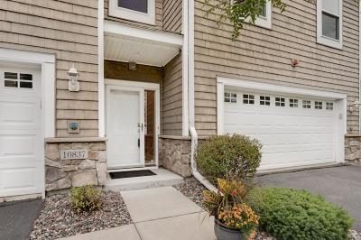 Wayzata, Plymouth Condo/Townhouse For Sale: 10837 S Shore Drive