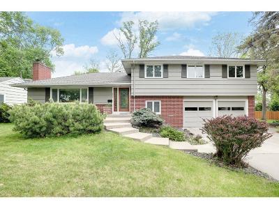 Edina MN Single Family Home For Sale: $599,900