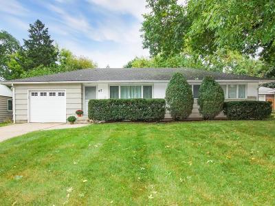 Edina MN Single Family Home For Sale: $320,000