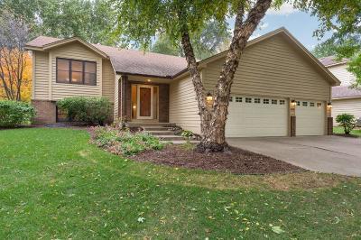 Burnsville Single Family Home Contingent: 808 Oak Ridge Court E
