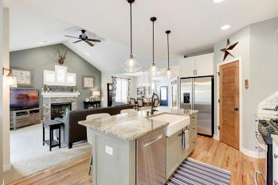 Lakeville Condo/Townhouse For Sale: 18301 Lansford Path