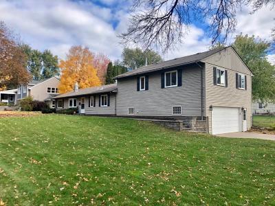Edina Single Family Home For Sale: 6433 Sherwood Avenue