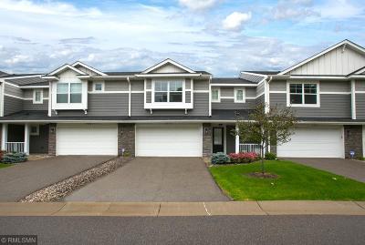 Eagan Condo/Townhouse For Sale: 3990 Cedar Grove Lane