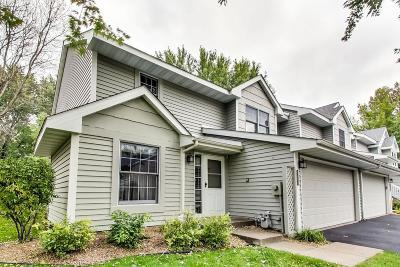 Minnetonka Condo/Townhouse For Sale: 5267 Silver Maple Circle