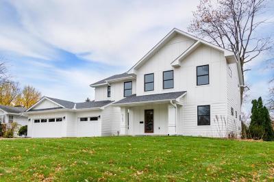 Edina MN Single Family Home For Sale: $998,000