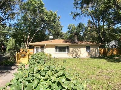 Roseville Single Family Home For Sale: 925 Sherren Street W