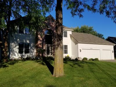Eden Prairie Single Family Home For Sale: 9028 Victoria Drive