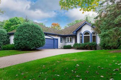 Edina Single Family Home For Sale: 5200 Malibu Drive