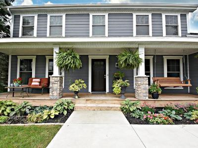 Burnsville Single Family Home For Sale: 1301 Fremont Court