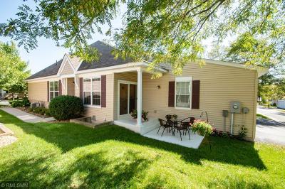 Eden Prairie Condo/Townhouse For Sale: 9760 Picket Drive