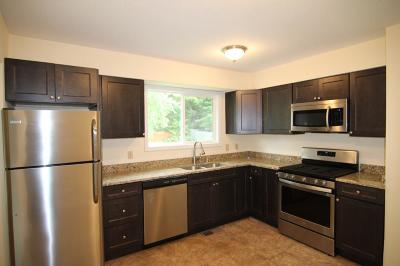 Lakeland Single Family Home For Sale: 131 Quality Avenue S