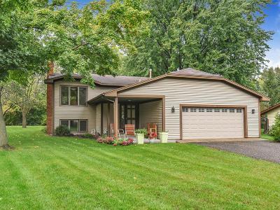 Maple Plain Single Family Home For Sale: 1449 Three Oaks Avenue