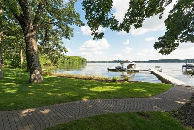 Chanhassen Condo/Townhouse For Sale: 52 Lake Riley Trail