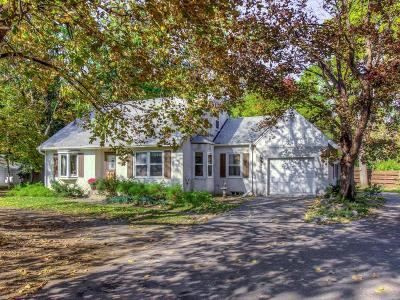 Vadnais Heights Single Family Home For Sale: 3479 Centerville Road