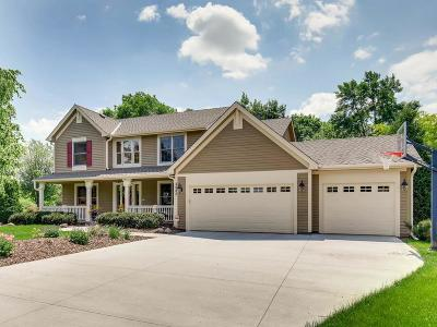 Chanhassen Single Family Home For Sale: 2585 Southern Court