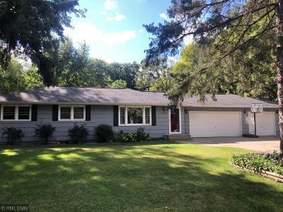 Minnetonka Single Family Home For Sale: 14901 Belvoir Drive