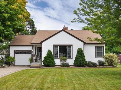 Osseo Single Family Home For Sale: 224 5th Avenue NE